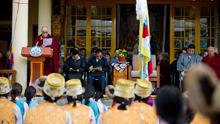 His Holiness the Dalai Lama reading his statement on the 52nd anniversary of Tibetan National Uprising Day at the Main Tibetan Temple in Dharamsala, HP, India on March 3, 2011. (Photo by Tenzin Choejor/OHHDL)